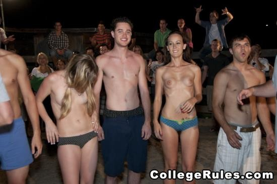 CollegeRules - Amateurs Girls - YEEE HAW!! (HD/512 Mb)