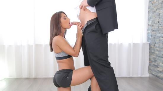 18Yoga - Ria Rodriguez - My Petite Flexible Latina (FullHD/510 Mb)