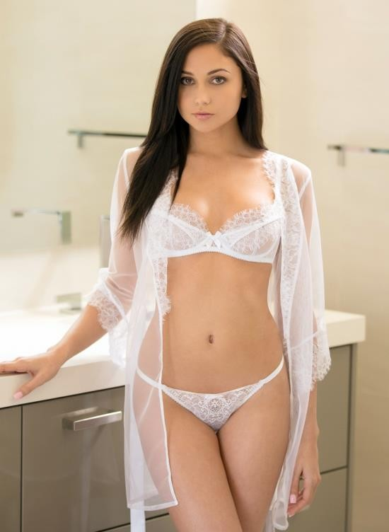 Tushy - Ariana Marie - Young And Beautiful Intern Sodomized By Her Boss (FullHD/3.69 GB)