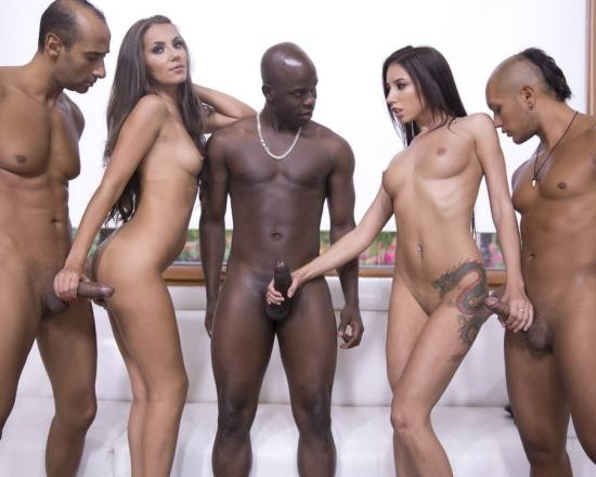 LegalPorno - Lola Bulgari, Maria Devine - Interracial Orgy With DP And DAP RS207 (FullHD/5.54 GB)