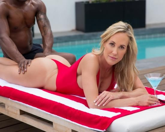 Blacked - Brandi Love - Hot Blonde Wife Takes a Huge Black Cock (HD/2.61 GB)