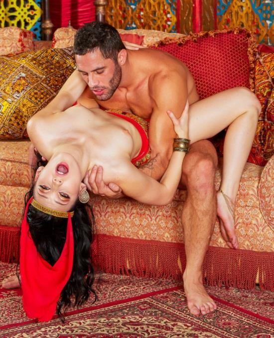 DigitalPlayground - Aria Alexander - The Princess and the D (HD/1.04 GiB)