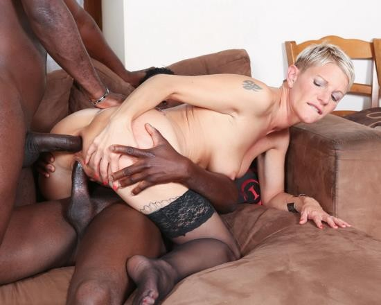 LegalPorno - Mia Wallace - French Milf Mia Wallace Hard Interracial Double Anal And DP IV012 (HD/1.16 GB)