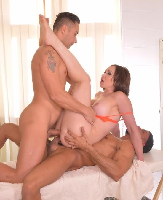 HandsonHardcore/DDFNetwork - Yasmin Scott - Masseuse Double Stuffing: Two Studs Fuck Brunette Milf (FullHD/1.66 GiB)