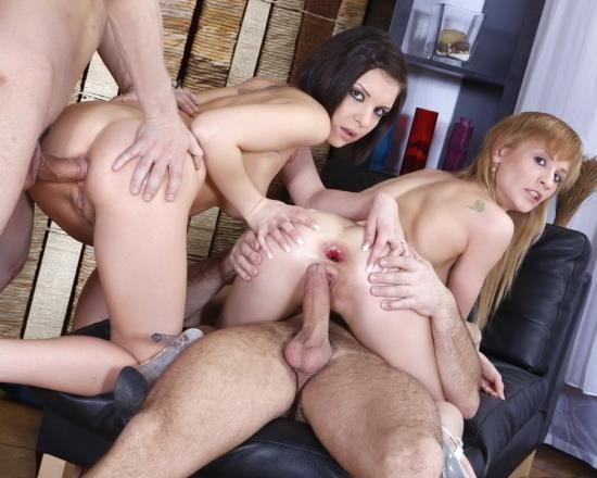 LegalPorno - Eva, Henessy - Amanda And Henessy In Anal Foursome With Double Anal NR239 (HD/1.11 GB)