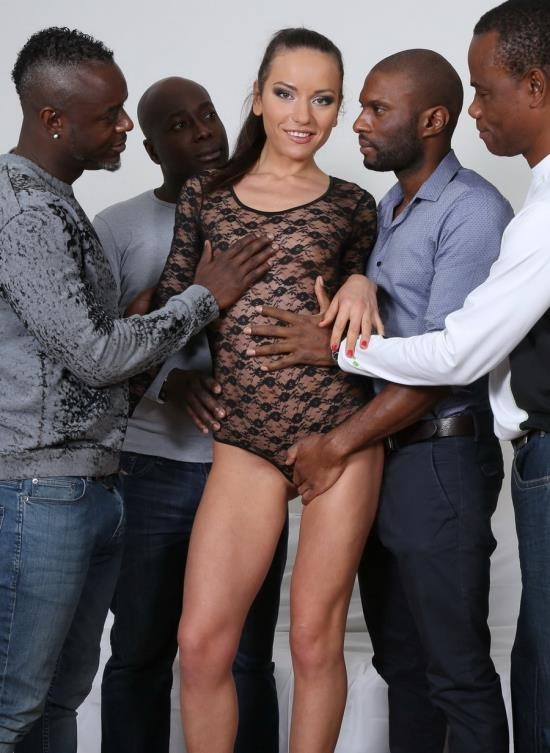 LegalPorno - Nataly Gold - Watch And See How Four Black Guys Destroy Her Ass IV033 (HD/1.74 GB)