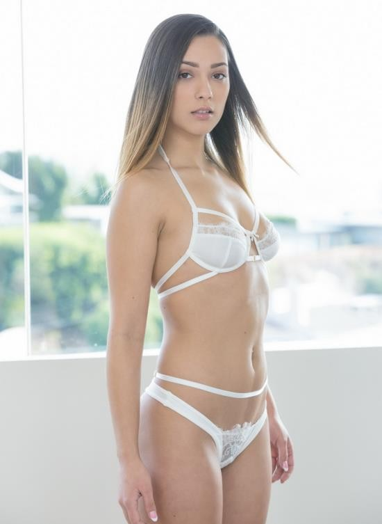 Tushy - Jaye Summers - Rent Free (FullHD/3.90 GB)