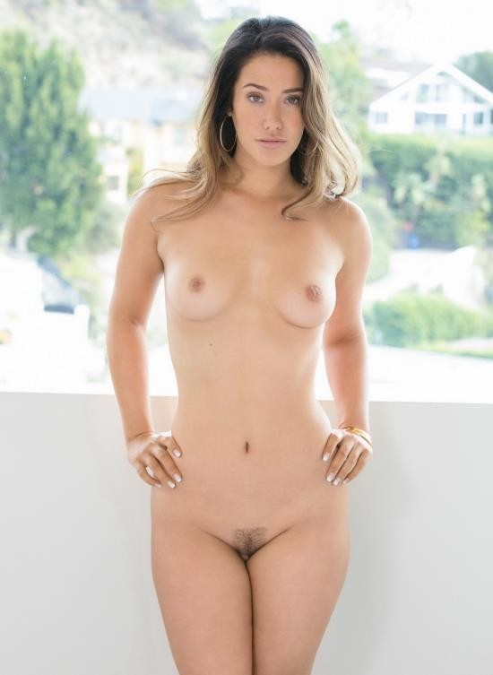 Blacked - Eva Lovia - Catching Up (FullHD/3.36 GB)