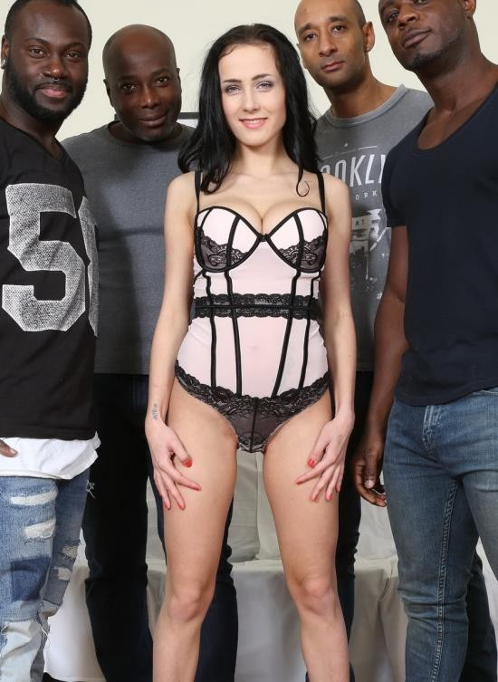 LegalPorno - Nicole Love - Nicole Love Wants To Know What It Feels Like To Have Four Black Cocks. She Fucks And Sucks Four Black Guys IV042 (HD/1.69 GB)