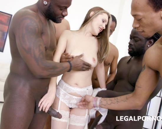 LegalPorno - Dominica Phoenix - Blackbuster 4 On 1 With Dominica Phoenix GIO315 (FullHD/4.51 GB)