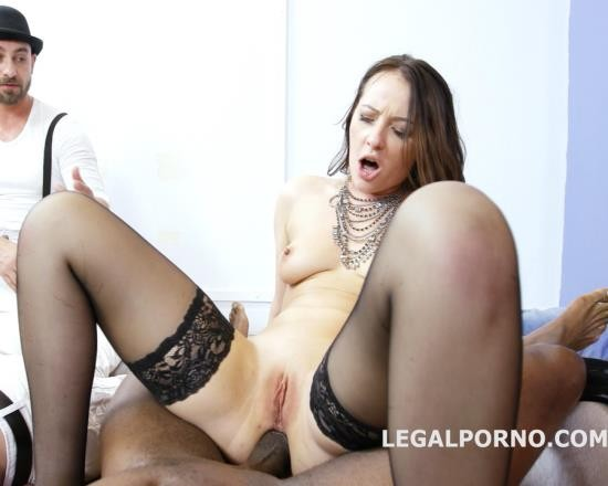 LegalPorno - Karolina Star - Sex And Fun With Carolina Vogue Part 1 GIO365 (HD/1.26 GB)