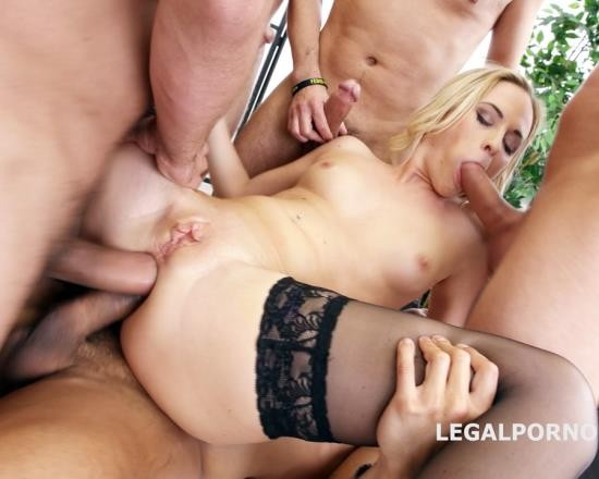 LegalPorno - Krystal Kaytlin - Soking Wet With Vinna Reed (Kristal Kaytlin) GIO374 (HD/2.01 GB)