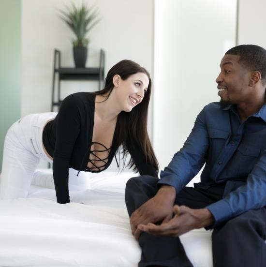 DarkX - Angela White, Isiah Maxwell - Bouncing Back (HD/1.22 GiB)