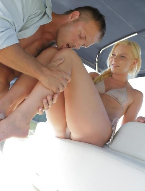 DorcelClub - Angie Koks - Boat sex (HD/332 MiB)