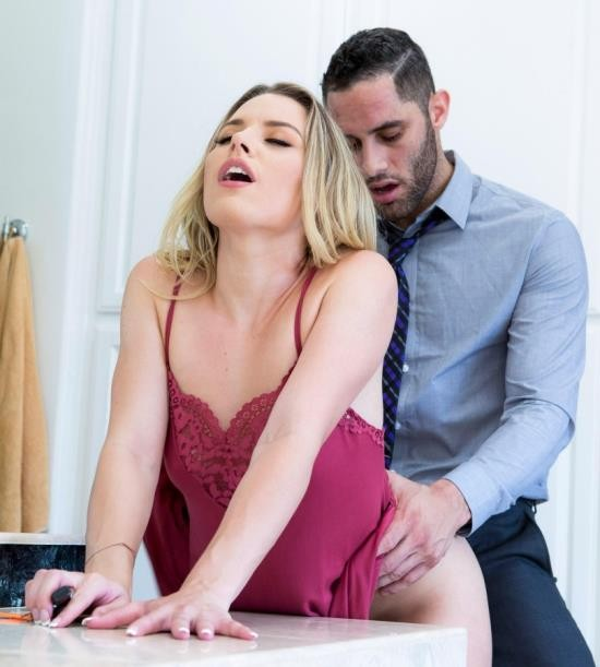 TwistysHard/Twisty - Aubrey Sinclair - Gotta Go (HD/310 MiB)