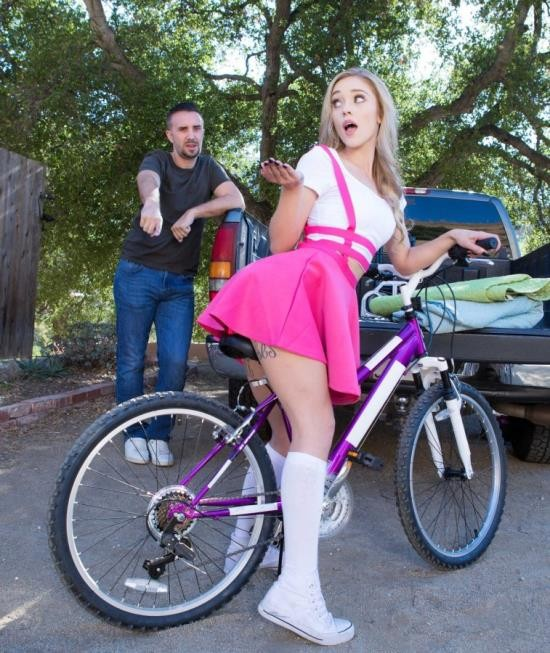 TeensLikeItBig/BraZZers - Kali Roses - Why She Likes To Bike (FullHD/2.61 GiB)