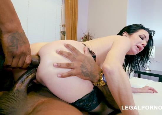 LegalPorno - Veronica Avluv - Black Robbers Invade Veronica Avluvs Ass And Pussy AB003 (FullHD/4.89 GB)
