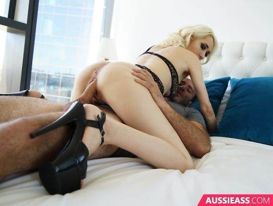 AussieAss - Darth Lacey - Lunch Time Sex (HD/1.55 GiB)