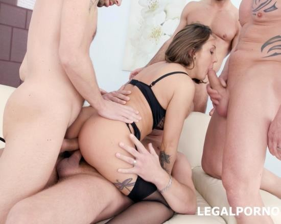 LegalPorno - Betty Foxxx - Fucking Wet 4 On 1 With Betty Foxxx DAP, Balls Deep Anal, Multi Pee, Multiple Facial GIO545 (FullHD/4.35 GB)