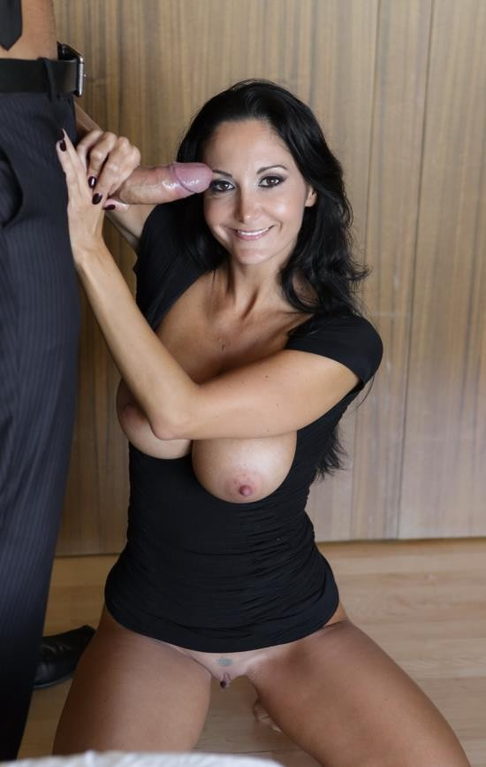 PureMature - Ava Addams - An Evening In (FullHD/1080p/1.66 GB)