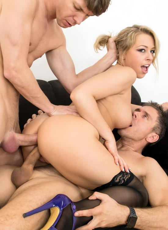 LegalPorno - Zoey Monroe - Zoey Monroe Takes The Ride Of Her Life With Double Anal AB008 (HD/1.27 GB)