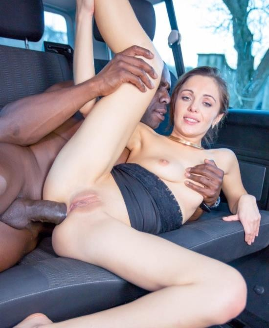 Private - Dominica Phoenix - Takes Interracial Anal Without Leaving The Taxi (HD/1.23 GiB)