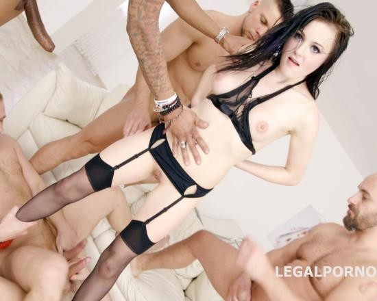 LegalPorno - Kiara Gold - 7 On 1 Kiara Gold Gangbang With Manhandle, Balls Deep Anal, DAP, TP, Airplane, Gapes, Facial GIO616 (UltraHD/15.3 GB)