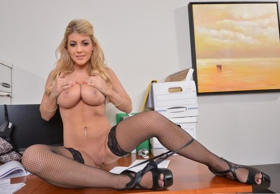 NaughtyAmericaVR - Kayla Kayden - Big Tits Office (4K/1440p/3.84 GB)