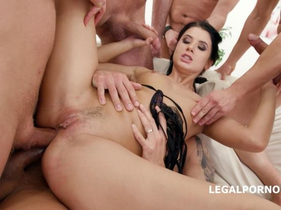 LegalPorno - Nicole Black - Nicole Black Lesson Number 8, 10 On 1 DAP Gangband Balls Deep Anal, DAP, TP, Gapes, Swallow GIO576 (FullHD/5.12 GB)