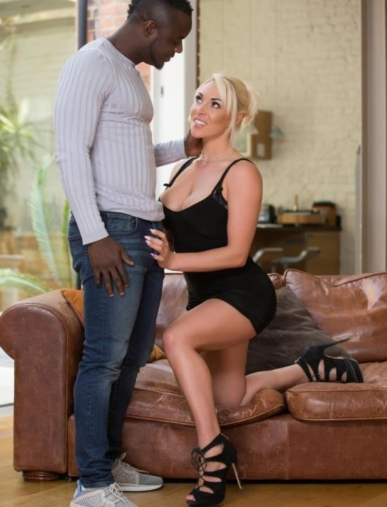OnlyBlowJob/DDFNetwork - Victoria Summers - Black Cock Loving Blonde (FullHD/1.33 GiB)