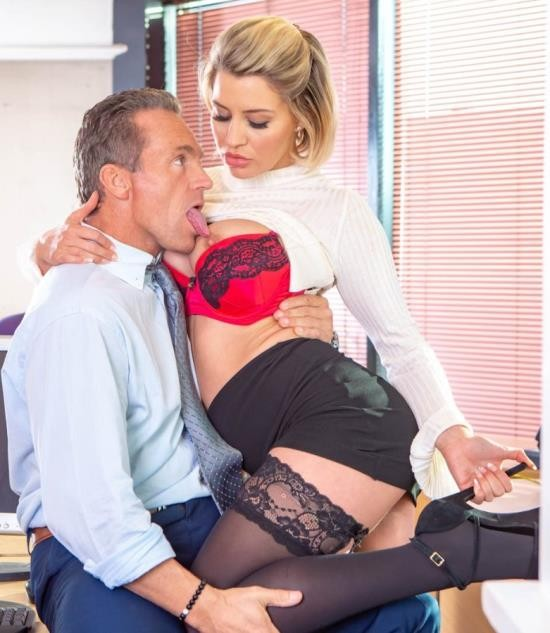 Private - Sienna Day - Fucks Her Boss In The Office (FullHD/1.45 GiB)