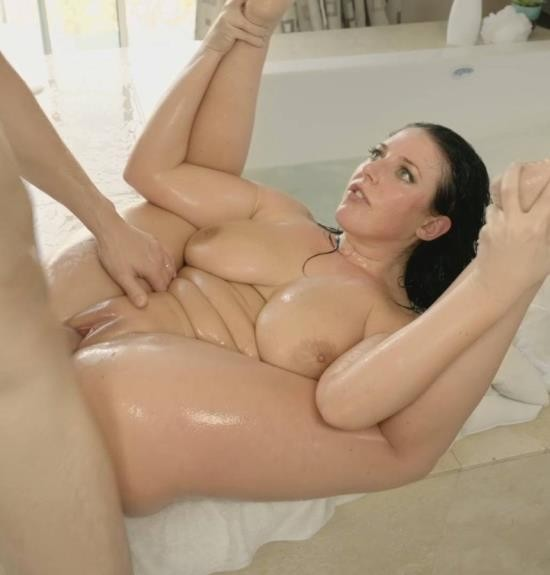 RealityKings - Angela White - Big Titted Bubble Bath (HD/550 MiB)