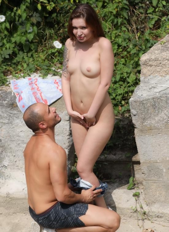 ClubSevenTeen - Shelley Bliss - Shelley Bliss Banging Outdoors (FullHD/1.98 GB)