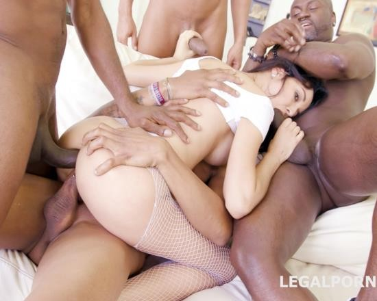 LegalPorno - Francys Belle - Blackbusters, Francys Belle Gets It Double In The Ass And Ball Deep. 4 On 1 BBC With Swallow GIO260 (FullHD/3.86 GB)