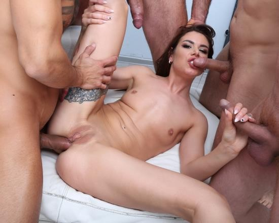 LegalPorno - Jessica Bell - Fucking Wet Beer Festival With Jessica Bell Balls Deep Anal, DP, DAP, Pee Drink, Swallow GIO1043 (HD/1.91 GB)