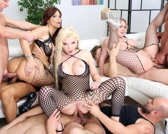 LegalPorno - Syren De Mer, Dee Williams, Barbie Sins - Outnumbered Both Way Pee Edition 2 With Syren De Mer, Dee Williams And Barbie Sins Balls Deep Orgy, Piss Drinking GIO1063 (HD/1.85 GB)