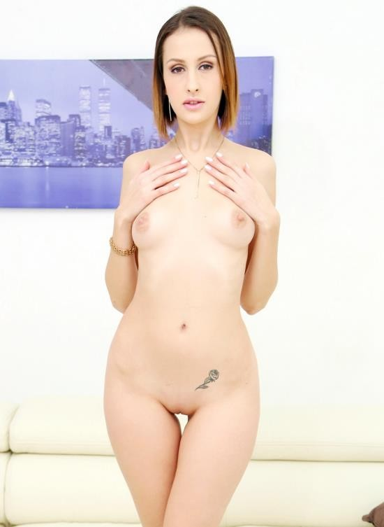 LegalPorno - Jessica Night - Jessica Night First Time To Gonzo With Her First DP And DVP SZ2345 (HD/1.83 GB)