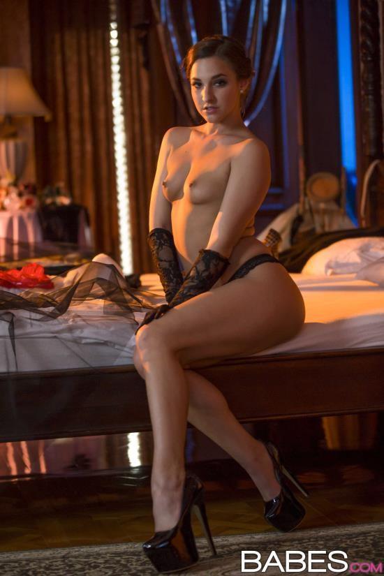 StepMomLessons/Babes - Amirah Adara, Ania Kinski - Just a Taste (FullHD/1080p/1.65 GB)