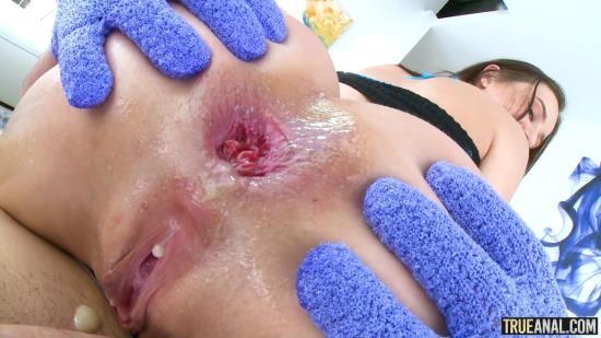 TrueAnal - Lana Rhoades - True Anal Gaping Glory With Sexy Lana (FullHD/1080p/2.15 GB)