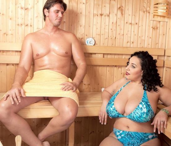 ScoreHD/Scoreland - Anastasia Lux - Sauna Sex Party (FullHD/1080p/1.47 GB)