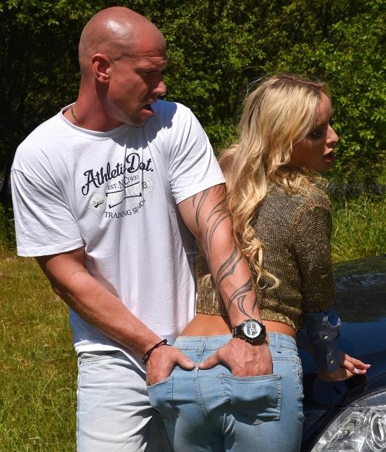 Sindrive - Victoria Pure - Jeans In Heat Get Filled With Some Fat Meat! (FullHD/1080p/1.13 GB)