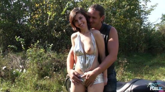 MyFirstPublic - Silvia Palma - Hardcore (FullHD/1080p/1.50 GB)