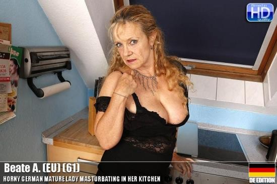 Mature.eu/Mature.nl - Beate A. - mat-eu-ros008 (HD/720p/1008 MB)