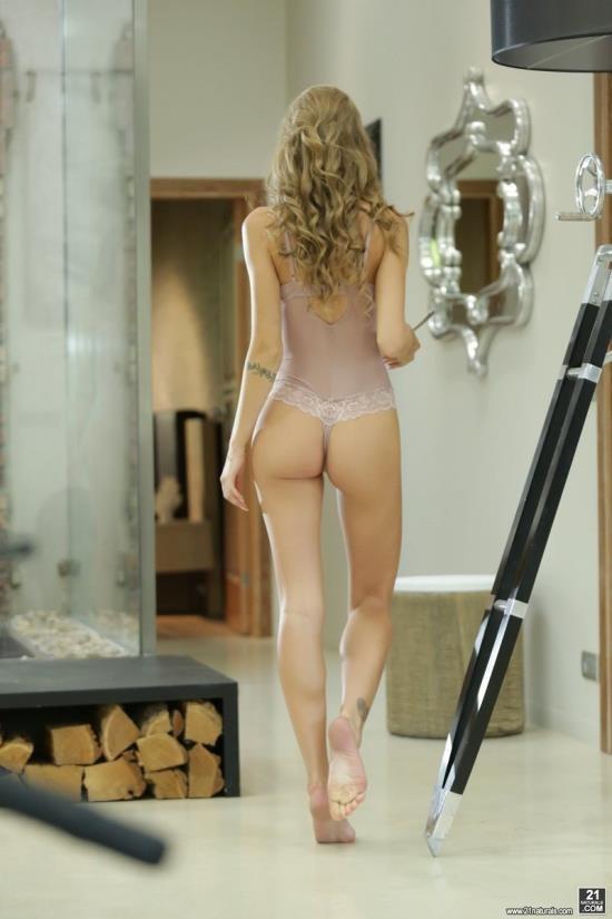 21FootArt/21Naturals - Tiffany Tatum - Morning Beauty (FullHD/1080p/1.04 GB)