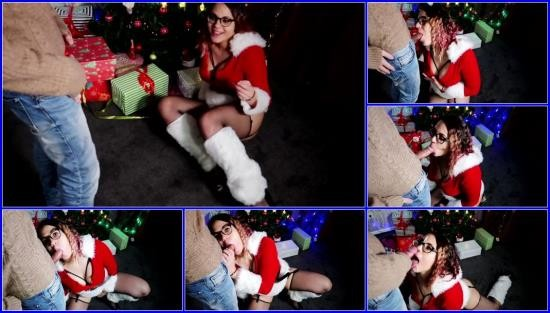 PornHub - Eva - CHRISTMAS GIFT FOR HER IS A DICK AND CUM ON FACE (FullHD/1080p/334 MB)