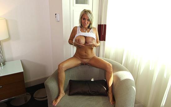 MomPov - Maggie - Big tits swinger MILF bonus (HD/720p/875 MB)
