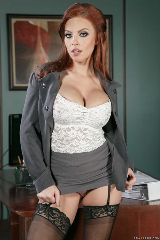 BrazzersExxtra/Brazzers - Britney Amber - What A Maid Wants (HD/720p/922 MB)