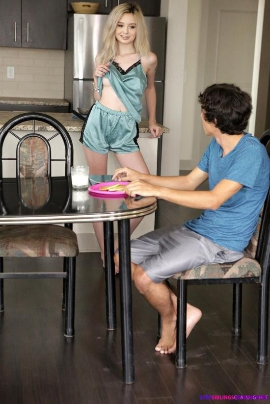 StepSiblingsCaught/Nubiles-Porn - Lexi Lore - Something Sticky (HD/720p/1.29 GB)