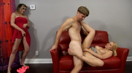 BareBackStudios/Clips4sale - Vanessa Cage - Daddy Daughter Dynamic (HD/720p/648 MB)
