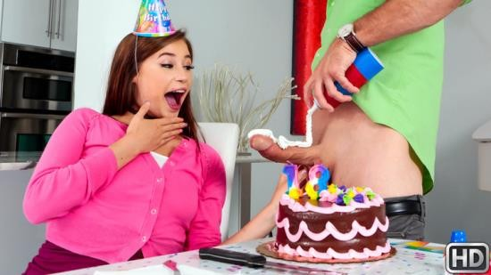 Pure18/RealityKings - Carolina Sweets - Blowing The Birthday Cock (HD/720p/545 MB)
